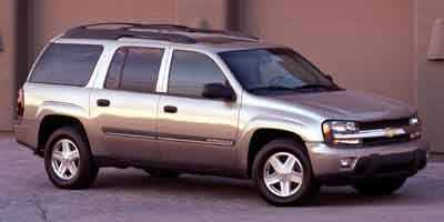 Pre-Owned 2004 CHEVROLET TRAILBLAZER LS Extende
